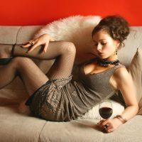 お酒の席でワインを選びたい理由