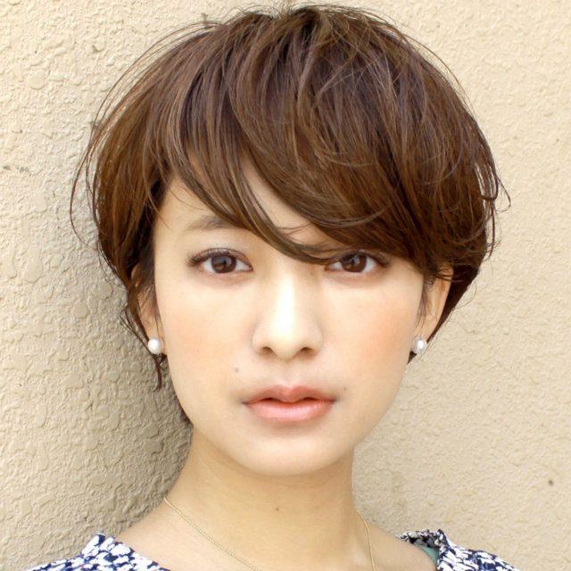 キレイもオシャレも叶うアシンメトリー前髪