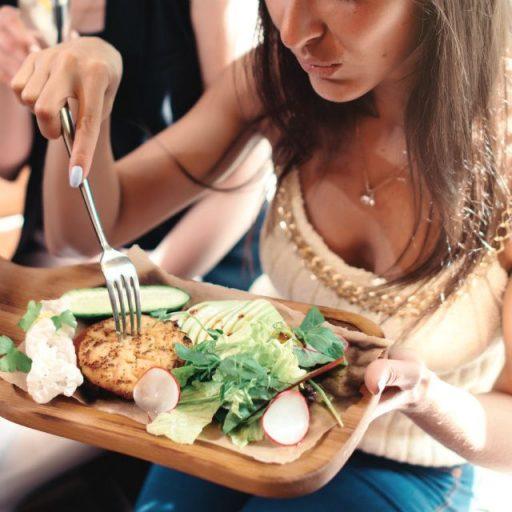 人気セレブの体型キープの鍵は食べること