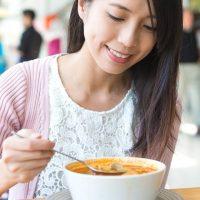アイドルが頼るダイエットスープで冬太り対策