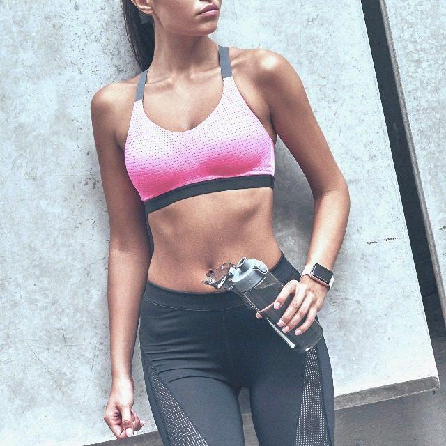 効率良く腹筋を強化。薄いお腹を目指す簡単習慣